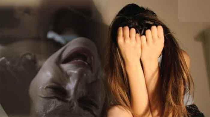 Rape, Gangrape, woman Gangraped, woman raped, Great Noida, Noida police, Parsvnath Panorama society, Greater Noida news, Greater Noida Crime News,रेप, गैंगरेप, महिला से गैंगरेप, महिला से रेप, ग्रेटर नोएडा, नोएडा पुलिस, पार्श्वनाथ पनोरमा सोसाइटी, ग्रेटर नोएडा न्यूज, ग्रेटर नोएडा क्राइम न्यूज